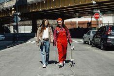 Rachelle and Nina Skateboard Design, Skateboard Girl, Mexican Style Kitchens, Skate Girl, Skate Style, Fashion Mag, Cute Couples Goals, Kirchen, Nyc