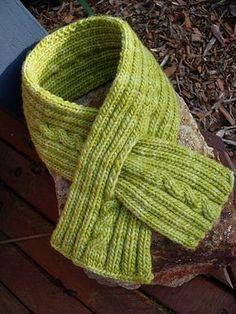 Ravelry: paula's scarfette pattern by Georgie Hallam