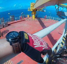 Protrek PRG-500 with strap. #watch #watchstrap #leather #leathersmith #leathergoods #leatherwork #offshorelife #offshore #oilandgasplatform #crane #actioncamera #goprooftheday #gopro #goprothailand by rawi_earth