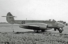Gloster Meteor was both the UK's first jet aircraft and the Allies' first operational jet fighter.Meteor's development was heavily reliant on its ground-breaking turbojet engines, developed by Sir Frank Whittle and his company, Power Jets Ltd. Gloster Meteor, Military Jets, Military Aircraft, Me262, Messerschmitt Me 262, War Jet, Chinook Helicopters, Navy Aircraft, Royal Air Force