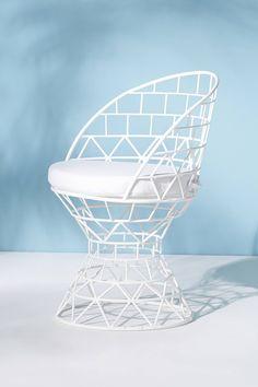 Desi Indoor/Outdoor Pedestal Chair | Anthropologie