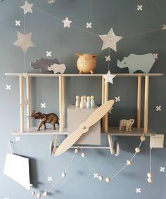 (@mamma_malla) Flugzeug Regal Kinderzimmer