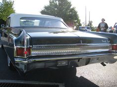1964 Oldsmobile Ninety-Eight Convertible by Hugo90, via Flickr