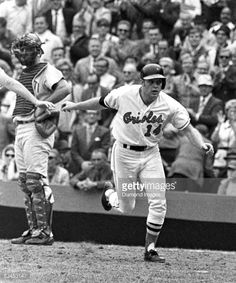 BALTIMORE ORIOLES CELEBRATE CLINCHING 1970 WORLD SERIES 8 x10 2