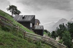 Quiete, silenzio e sensi delle Dolomiti. La Pedevilla. Ruhe, Stille und Sinne der Dolomiten.
