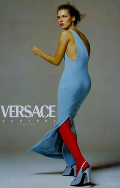 Kate Moss, photo by Richard Avedon for Versace, 1996 Gianni Versace, Versace Men, Kate Moss, Look Fashion, 90s Fashion, Vintage Fashion, Fashion Styles, Denim Editorial, Editorial Fashion