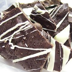 Espresso Bark Recipe - if this tastes even half as good as it sounds and looks, awesomeness!    Maybe try less coffee beans though, sounds like a bit much. (I like the tip of coarse grinding the beans so you don't get big whole beans)