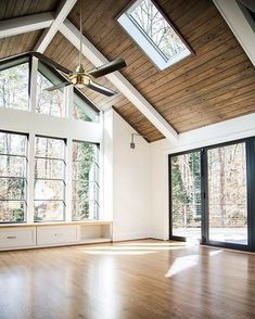 New House Plans Big Windows High Ceilings 24 Ideas House Inspo, New House Plans, Home, House Design, Home Remodeling, Pole Barn Homes, New Homes, Building A House, House Extensions