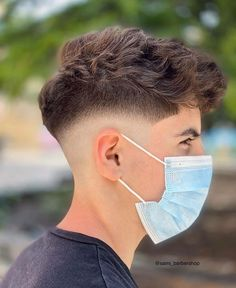 Mens Hairstyles Pompadour, Mens Hairstyles Fade, Short Hairstyles For Thick Hair, Best Short Haircuts, Curly Hair Men, Short Hair Cuts, Men Hair, Hairstyles Haircuts, Stylish Mens Haircuts