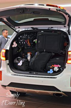 5 people go to Disney World with all their stuff. Find out how the Kia Sorento was up to the challenge in getting them everywhere they needed to go!