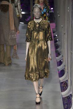 Gucci Fall 2017 Ready-to-Wear Fashion Show - Maria Zakrzewska look 65 is Disquieting