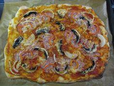 Kvásková pizza | PečemeSrdcem.cz Pitta, Vegetable Pizza, Quiche, Food And Drink, Bread, Vegetables, Breakfast, Kitchens, Red Peppers