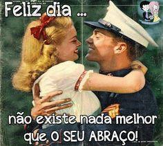 Dia do abraço , pin up sincera .   #diado #abraço #love #retro #couples
