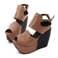 So Chic Wedge