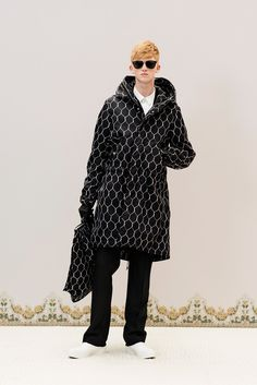 Undercover Fall 2016 Menswear Fashion Show