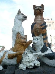 "Kuching, City of Cats #1 - A City Called Cat.    Last few days, I went to Kuching. That in our language is ""Cat"". Thus, you can see statues of cats in many place in the city. This is probably the most famous one. This city even has a museum exclusively devoted to cats!"