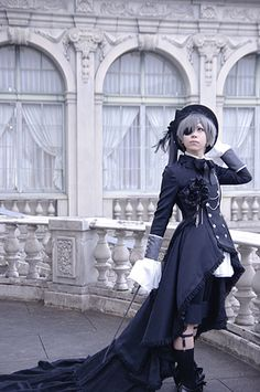Ciel's hair is actually dark blue but still, damn - Black Butler Kuroshitsuji Ciel Phantomhive cosplay Ciel Cosplay, Cosplay Anime, Epic Cosplay, Amazing Cosplay, Cosplay Outfits, Cosplay Costumes, Cosplay Ideas, Black Butler Cosplay, Black Butler Ciel
