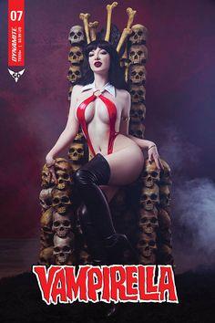 Vampirella Cvr E Cosplay Variant (Dynamite, NM Free Comics, Bd Comics, Rogue Gambit, A Clash Of Kings, Paperback Writer, Comic Art Community, Red Sonja, Beach Blanket, Sculptures