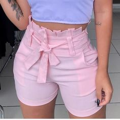 Discover recipes, home ideas, style inspiration and other ideas to try. Classy Outfits, Casual Outfits, Cute Outfits, White Fashion, Teen Fashion, Womens Fashion, Hot Pants, Short Outfits, Short Dresses