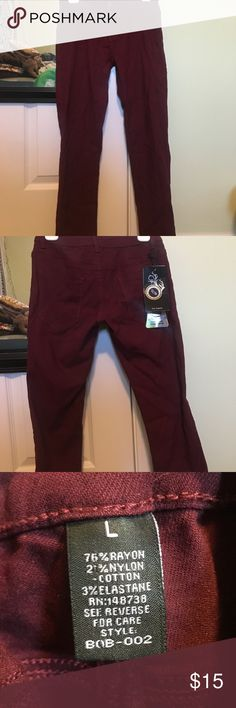Super Stretch Maroon/ Burgundy Jeggings This jeggings are SUPER stretchy!!!!! Never worn, tags still on product! OFFERS WELCOME!! Fashion Nova Pants Leggings