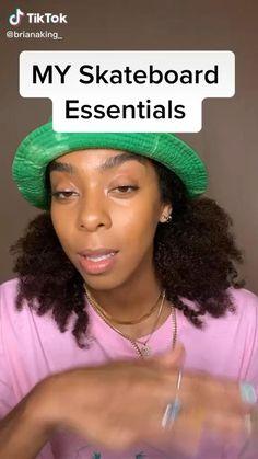 Beginner Skateboard, Skateboard Videos, Skateboard Design, Skateboard Girl, Teen Workout Plan, Skate Photos, Skate Girl, Skater Boys, Cool Skateboards