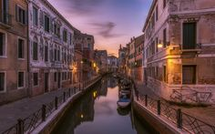 Download wallpapers Venice, boats, canal, evening, sunset, Italy