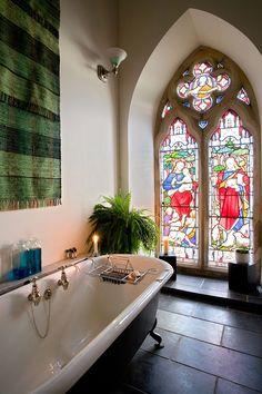 The sacred heart of your bathroom - Le sacré coeur de votre salle de bains