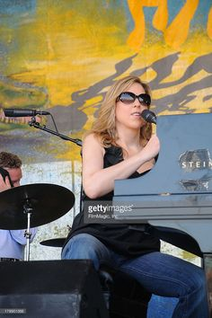 Musician Diana Krall performs at The Annual New Orleans Jazz & Heritage Festival Presented by Shell - Day 6 at The New Orleans Fair Grounds on May 2008 in New Orleans, Louisiana. Get premium, high resolution news photos at Getty Images Diana Krall, Who Dat, Jazz Music, Beauty And The Beast, Crossover, Louisiana, New Orleans, Singers, Musicians