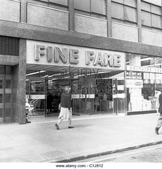 An historical picture by J Allan Cash of the exterior of a Fine Fare shop, one of the first new supermarkets - Stock Image My Childhood Memories, Sweet Memories, 1950s Women, The Old Days, Old London, Historical Pictures, Vintage Photographs, Old Photos, Nostalgia