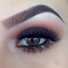 pretty but I don't really like the bottom part so much glittler I like it with a little line of glitter.