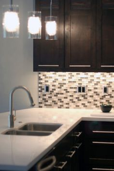 backsplash. Cabinet color. Hardware. Yum.