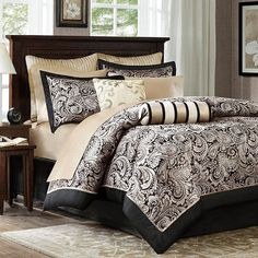 Outfit your master suite in eye-catching style with this perfectly patterned comforter set, featuring a paisley-inspired motif.  Pro...