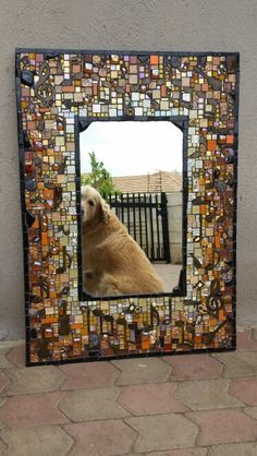 Beautiful mosaic mirror (love the dog reflection too) Mirror Mosaic, Mosaic Diy, Mosaic Crafts, Mosaic Projects, Mosaic Glass, Mosaic Tiles, Stained Glass, Glass Art, Mosaics