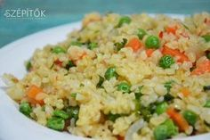 A bulgur a török éttermekből sokaknak lehet ismerős. Török rizsnek is nevezik. Előállítása: még éretlen vagy a meghántolt érett búzaszemeket párolják, kiszárítják, majd durvára törik. Többféle méretben kapható:van fél vagy egész búzaszemekből álló, és búzadara finomságúra tört változata is. Mivel a bulgurt előzetesen párolják, gyorsan elkészíthető. Sokoldalúan felhasználható: saláták dúsításához, rizs helyett fasírthoz, húsgombóchoz, köretnek. Húsos, húsmentes egytálétel is készíthető…