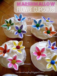 RACKS and Mooby: Easter Dessert - mini marshmallow flower cupcakes #marshmallowflower #easter