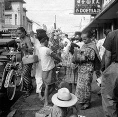 Penjual bunga, Bandung