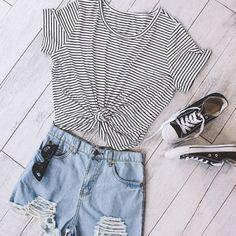 striped tee| $7.23  nu goth hipster grunge street fashion street style fachin tee tshirt top under10 under20 under30 rosewholesale