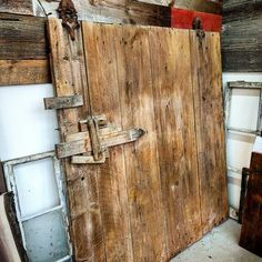 Barn Board Shelving Unit Diy Google Search Laurie