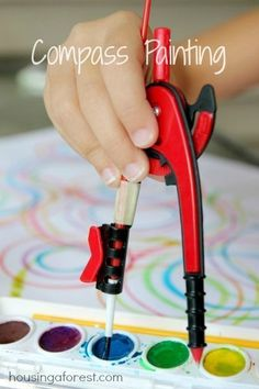"""Compass Painting ~ """"a fun and playful way to combine math and art! Who knew school supplies could be so fun!"""" // Pssh, WE knew school supplies could be fun. Math Projects, Projects For Kids, Classe D'art, Crafts For Kids, Arts And Crafts, Math Art, Fun Math, Maths, Kids Math"""