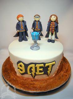 Harry Potter cake, cake topper, fondant topper