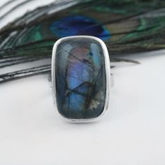 Boho Jewelry, Jewelry Crafts, Unique Jewelry, Labradorite Jewelry, Gemstone Rings, Bridesmaid Rings, Cushion Ring, Quartz Necklace, Earrings Handmade