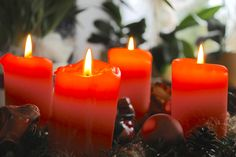 Advent Wreath Prayers at Home: 4 Options
