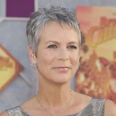 Jamie Lee Curtis sparkles. Not only that, she is an amazingly organized lady. I want her to come to my house and organize it.
