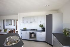 Stunning 4 Bedroom Display Home in Agnes Water | Gateway Constructions