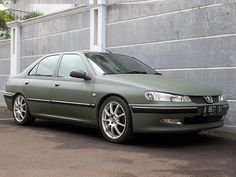 Peugeot 406 Tuning : Peugeot 406 Tuning with matte military green vinyl wrapping.. | nuswanto