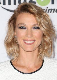 Natalie Zea short hair