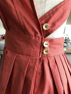 Post with 338 views. Self drafted cross back pinafore dress Frill Dress, Apron Dress, Sewing Clothes, Diy Clothes, Pretty Outfits, Cute Outfits, Vintage Dresses, Vintage Outfits, Pinafore Pattern