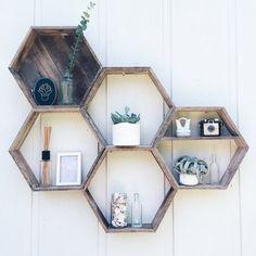 5 Hexagon Shelves// Pallet Shelf// by FernwehReclaimedWood on Etsy