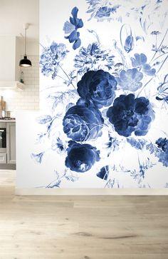 nieuwe-collectie-fotobehang-royal-blue-flowers.png 500×771 pixels