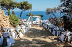 El #altar espera, la #novia se prepara, el #novio perfecto, #cámaras listas, llega el #finde, llegan las #bodas! :D